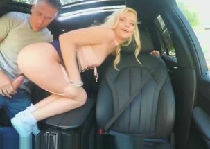 Blowjobs in car